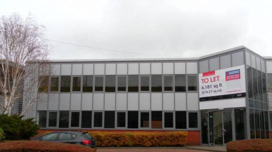 804 Oxford House, Slough